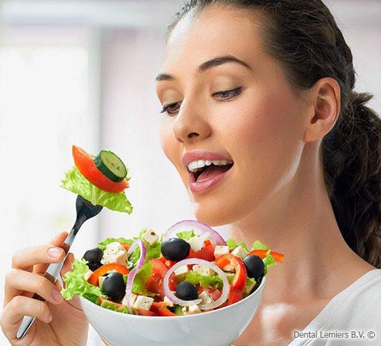 Snacks affect the teeth